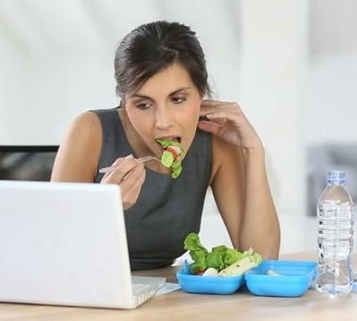 Çalisanlar için 7 saglikli beslenme önerisi